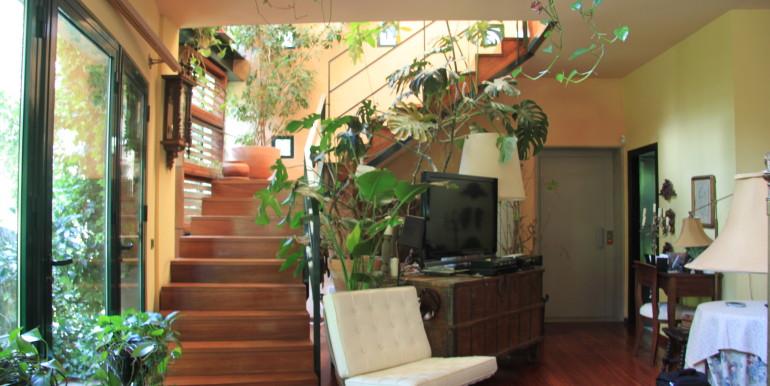 Vista interior Estar_Escalera_Ascensor